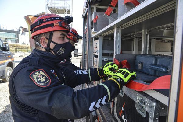 polis-arama-kurtarma-ekipleri-goreve-hazir-003.jpg