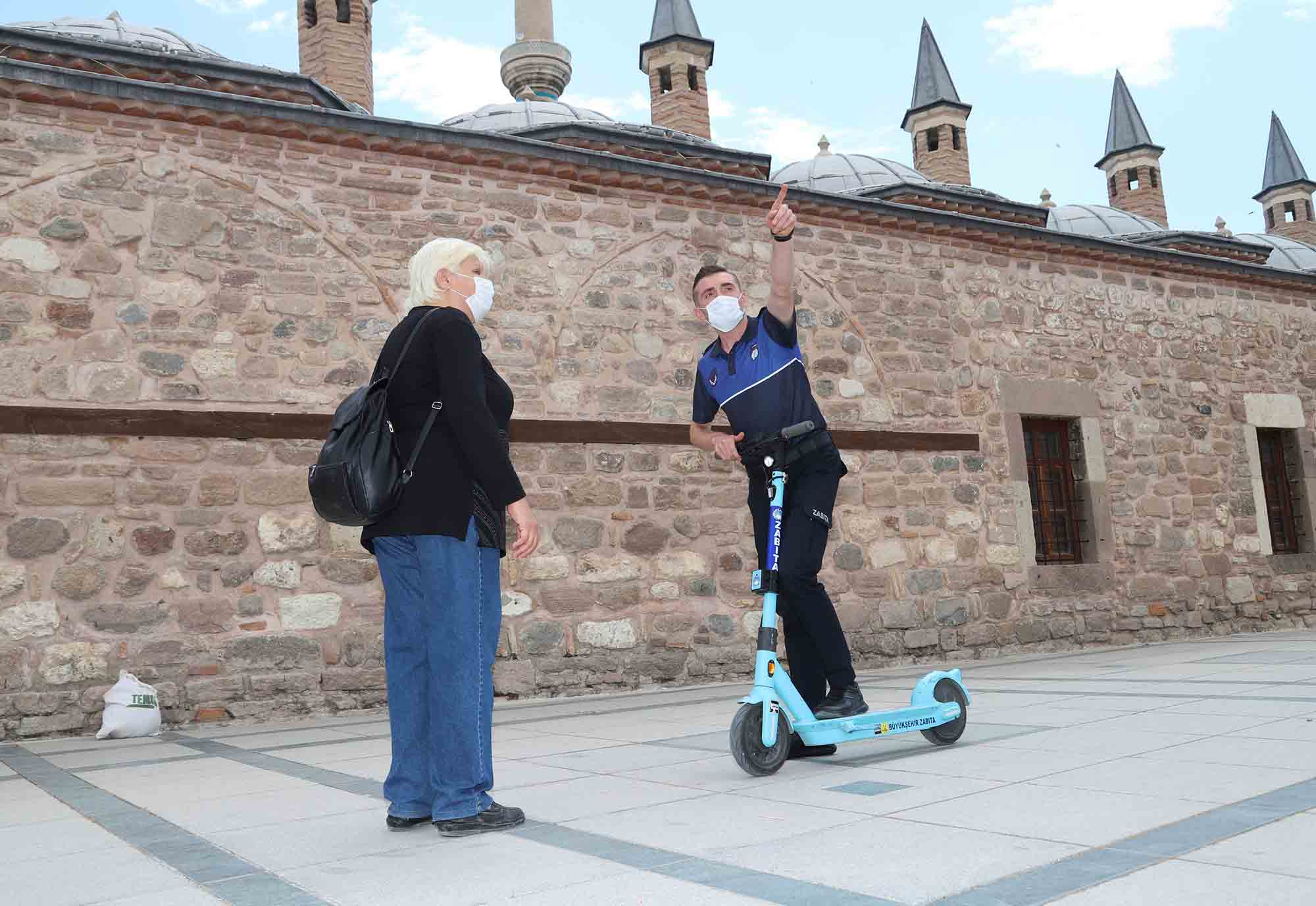 konya-buyuksehir-zabitasi-elektrikli-scooter-ile-hizmet-veriyor.jpg