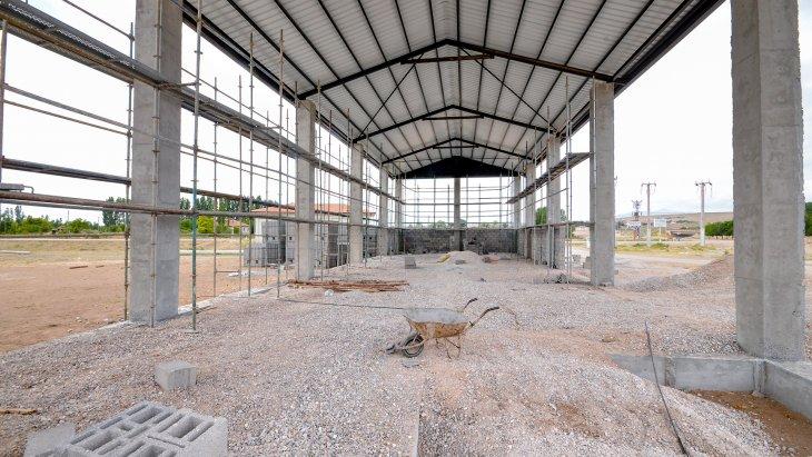 meram-belediyesi-hatunsaraya-tohum-eleme-tesisi-yapiyor.jpg
