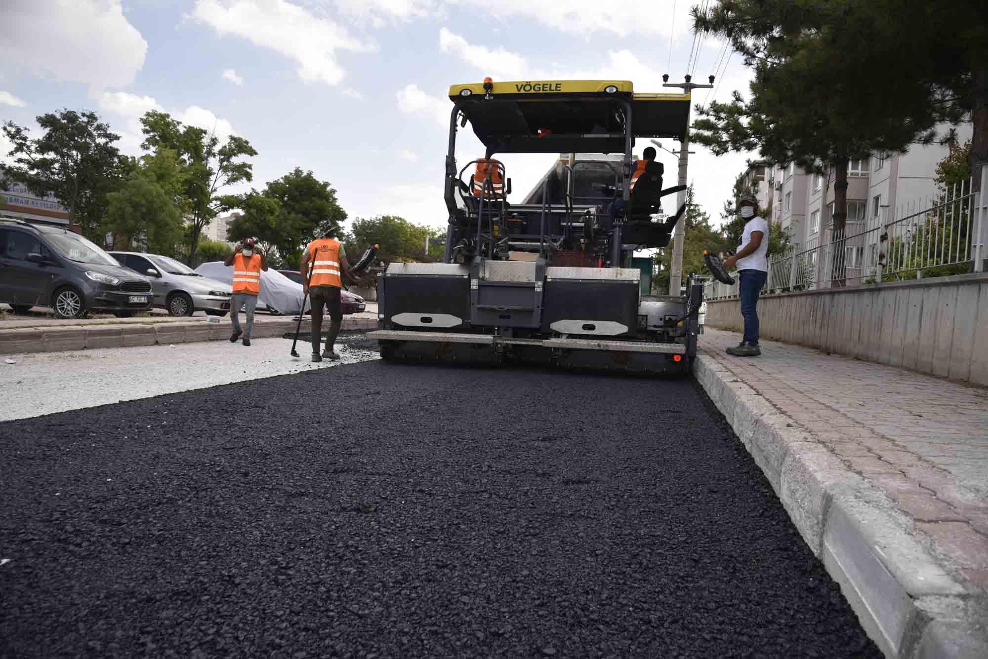 selcukluda-asfalt-calismalari-suruyor.jpg