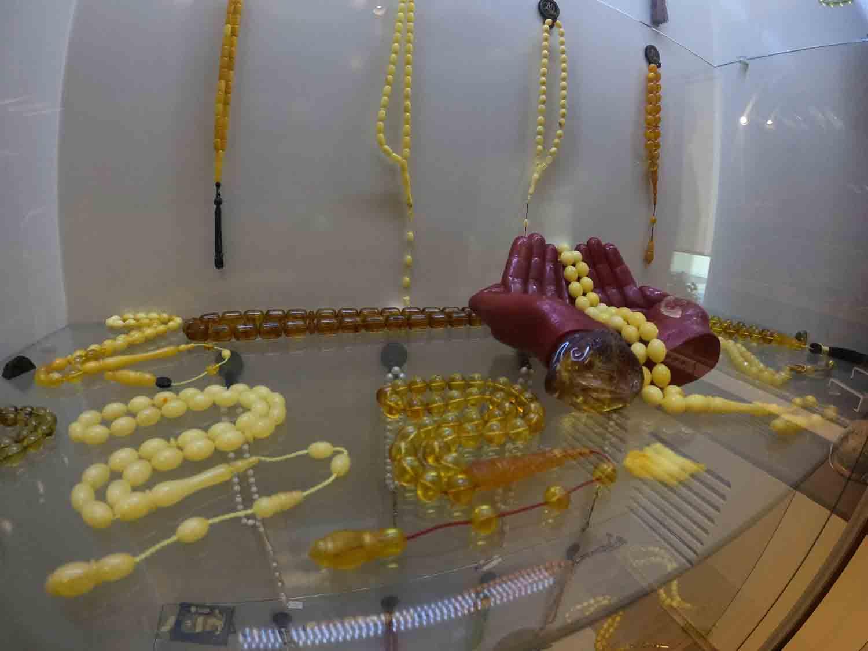 koleksiyon-tutkusu-fabrikasinin-ust-katini-adeta-muzeye-donusturdu-002.jpg