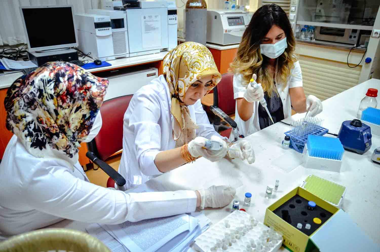 anne-sutundeki-enfeksiyon-baskilayicilar-mikro-rna-duzeyinde-incelendi-003.jpg