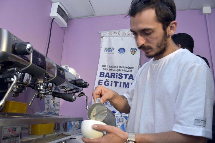 kahve-uzmanlari-kop-destegiyle-konyada-yetisiyor-002.jpg