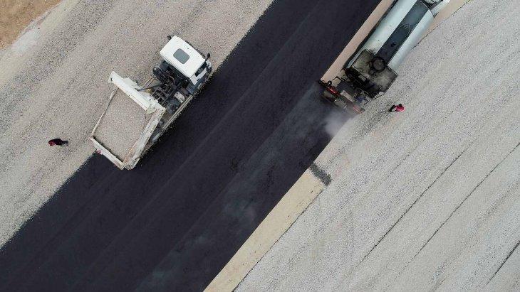 meramda-altyapi-ve-asfalt-calismalari-tam-gaz-002.jpg