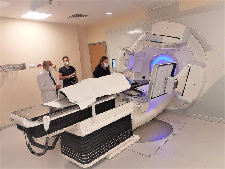 bu-cihaz-kanserli-hucreyi-tam-isabetle-vuruyor.jpg