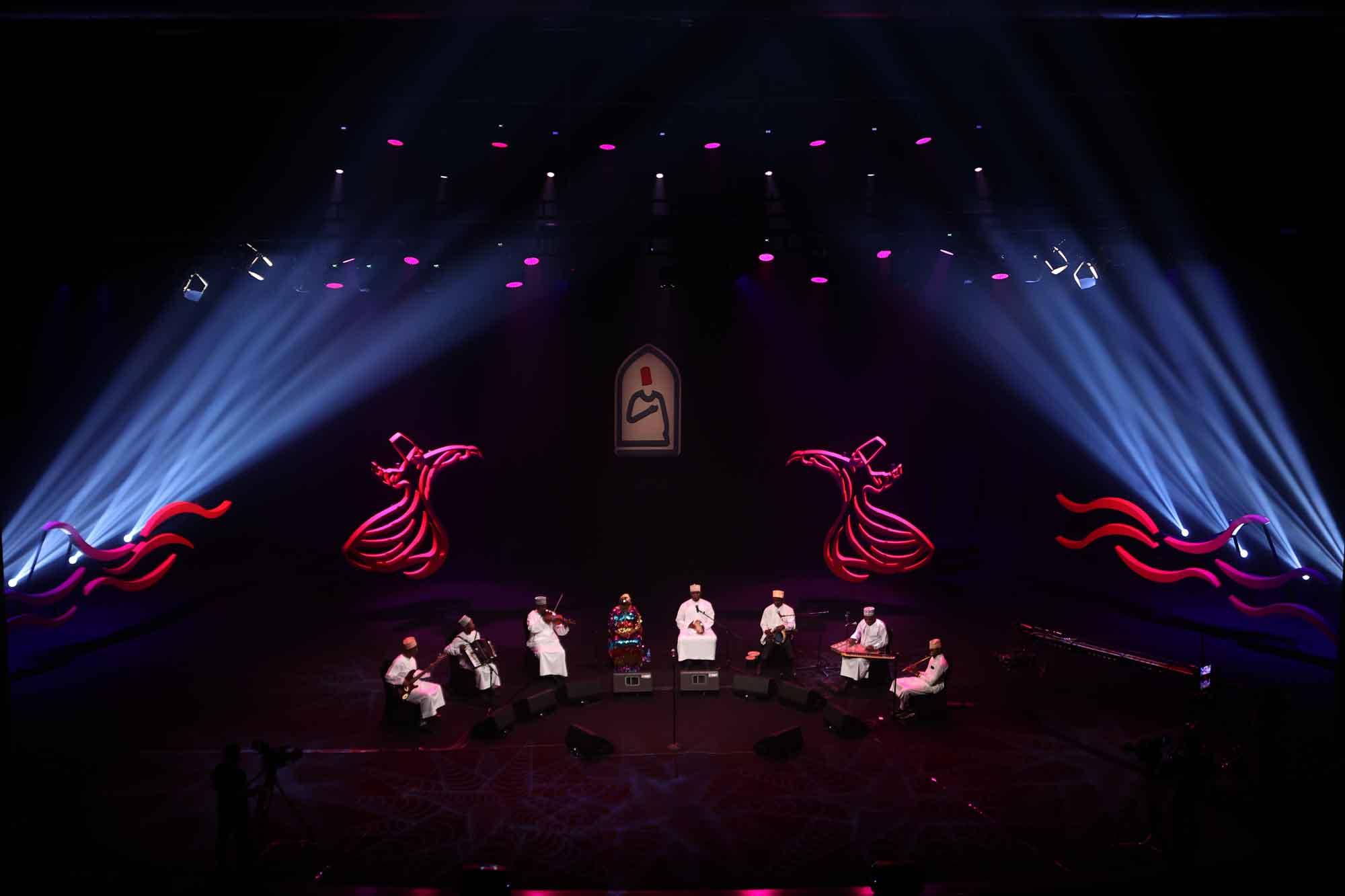 tanzanyadan-rajab-suleiman-konyada-konser-verdi.jpg